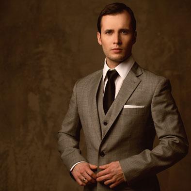 smart-dressed-man